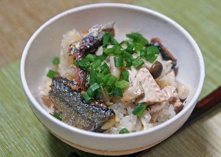 秋刀魚炊き込みご飯.jpg