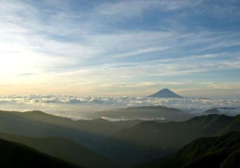 肩ノ小屋から富士山.jpg